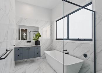 Effingham-3-Modern-Designer-Home-OShea-builders-10