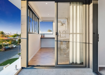 Effingham-3-Modern-Designer-Home-OShea-builders-15