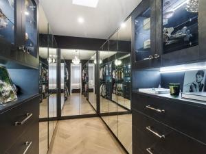 Effingham-3-Modern-Designer-Home-OShea-builders-17