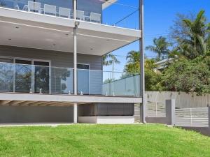 Eyre-Modern-Designer-Home-OShea-builders-17