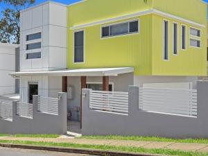 Eyre-Modern-Designer-Home-OShea-builders-18