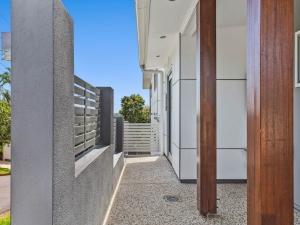 Eyre-Modern-Designer-Home-OShea-builders-6