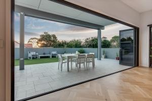 Pavillion-Lutzow-Project-Modern-Home-Design-Brisbane-113