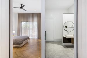 Pavillion-Lutzow-Project-Modern-Home-Design-Brisbane-23