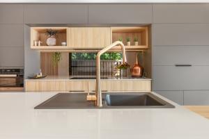 Pavillion-Lutzow-Project-Modern-Home-Design-Brisbane-67