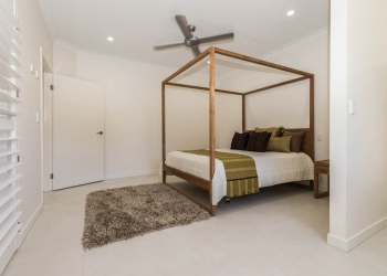 Wanda-Splitter-Joint-Project-Modern-Home-OShea-Builders-2