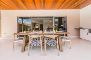 Wanda-Splitter-Joint-Project-Modern-Home-OShea-Builders-6